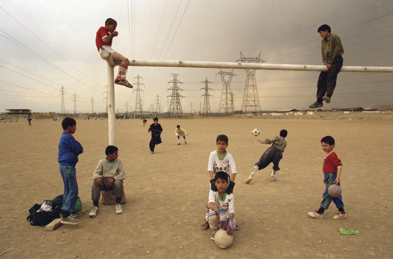 futbol oynayan cocuklar bublogta